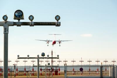 Runway landing lights